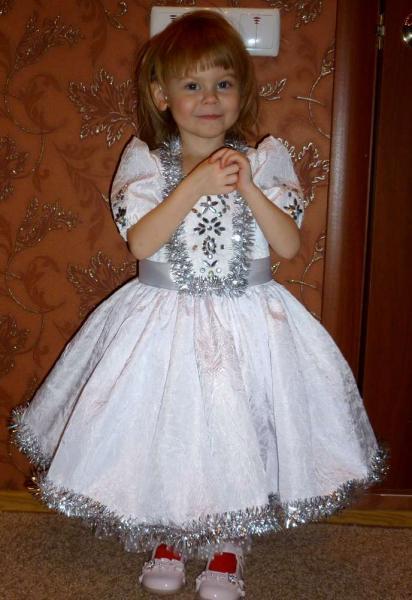 Как сделать детское платье пышным видео