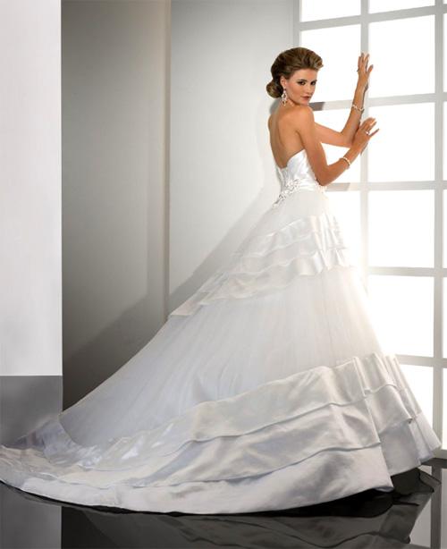 Красивые платья на выпускной в интернет-магазине To Be Bride