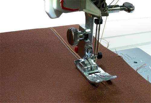 Как у швейный машины сделать иголку