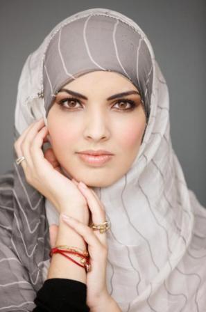 завязывания хиджаба.