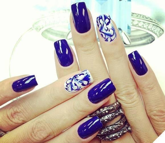 Дизайн ногтей темно синего цвета
